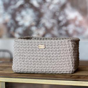 Ručně pletený košík – hranatý – světle šedá